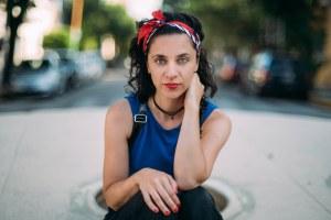 La escritora Leila Sucari Parque Chas, su barrio en Buenos Aires